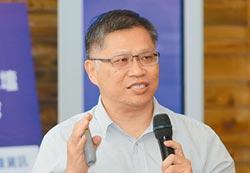 鄭旭峰強調 公車服務以人為本