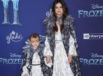 賽琳娜姐妹首映cosplay 《冰雪奇緣2》絕美公主服靈感來自這