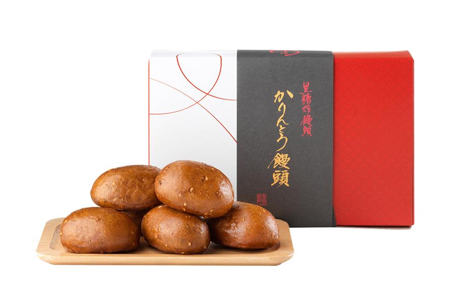 微風台北車站源吉兆庵黑糖炸饅頭,1盒6入,原價420元、特價175元。(微風提供)