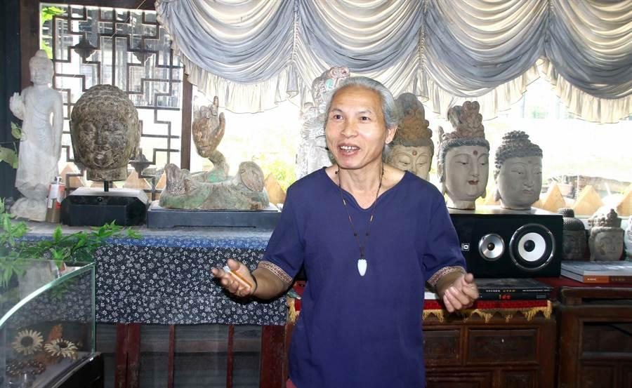 ▲發下宏願,要讓佛教石窟文化在台灣重現的多才多藝藝術家勤燕璧。(楊樹煌攝)