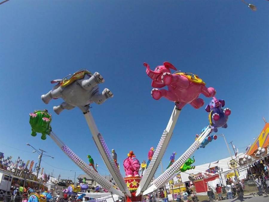 臺灣港務公司21日表示,備有多項遊樂設施的「JETS嘉年華」將在高雄港7號碼頭登場,為期只有120天。圖/臺灣港務公司提供