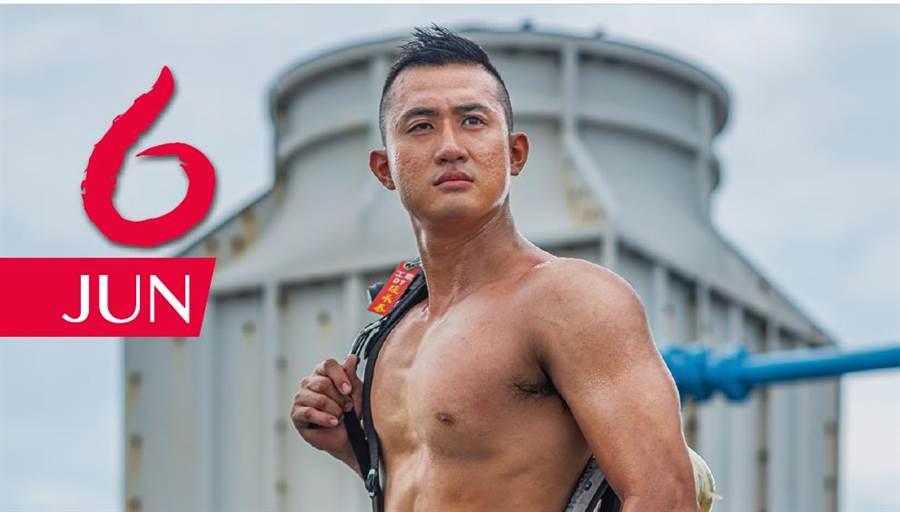 新竹消防猛男平均年齡屬小鮮肉,顏值很高。(新竹縣消防局提供/吳家詮傳真)