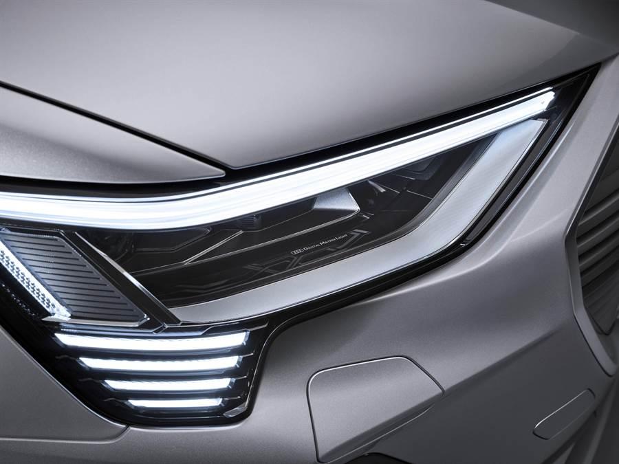 Audi e-tron Sportback 採用全球首創數位矩陣LED頭燈科技。(Audi提供)