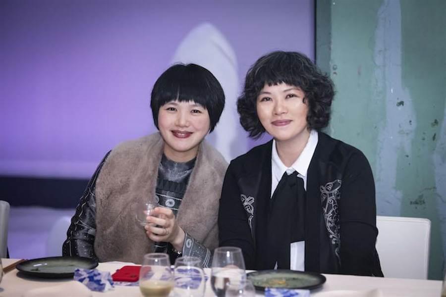 愛馬仕晚宴,BELLAVITA百貨董事梁佳敏小姐(左)、BELLAVITA百貨董事長梁怡敏小姐。(愛馬仕提供)