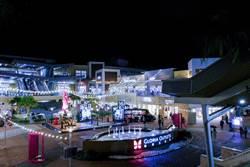 華泰名品城打造最大戶外聖誕村 今年業績70億可望超標