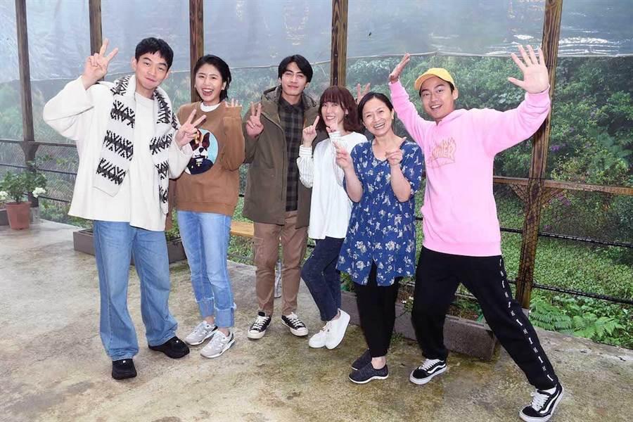 王可元(左起)、陳璇、宋伯緯、孫可芳、謝瓊煖、林鶴軒。華視提供