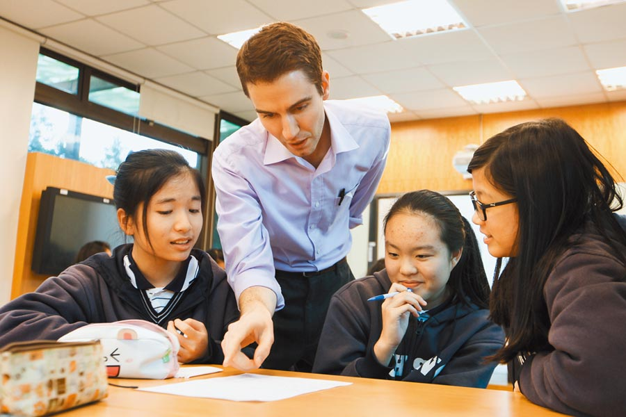 外籍老師以全英語方式授課。(本報資料照片)