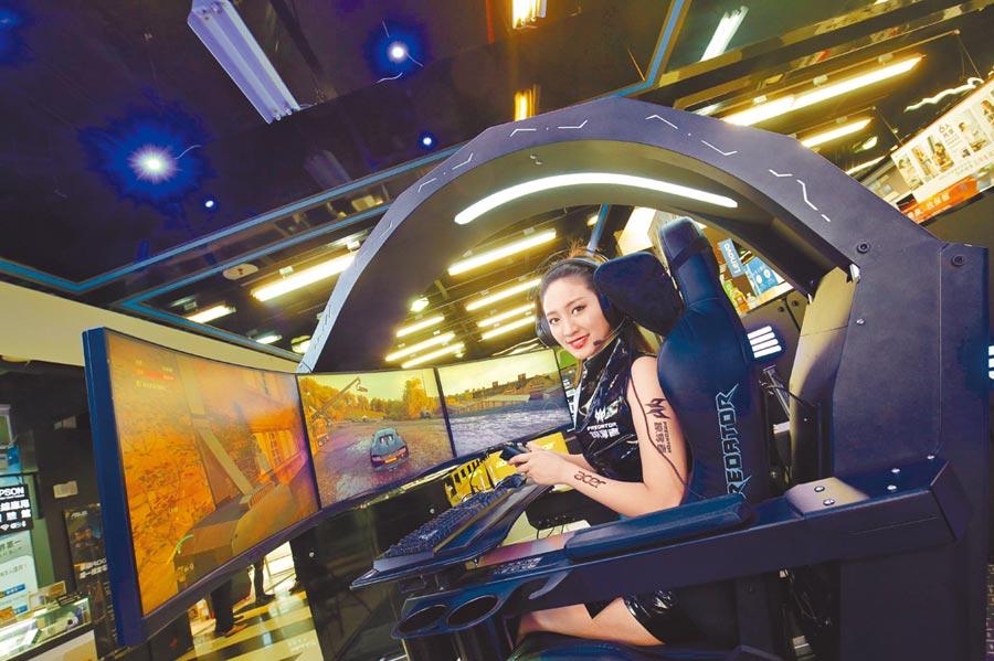 宏碁今年也首度進駐WirForce 2019,結合了最強競速車遊「Garena極速領域」,現場設立「Predator玩樂園」體驗最高規格Predator Thronos電競座艙。(宏碁提供)