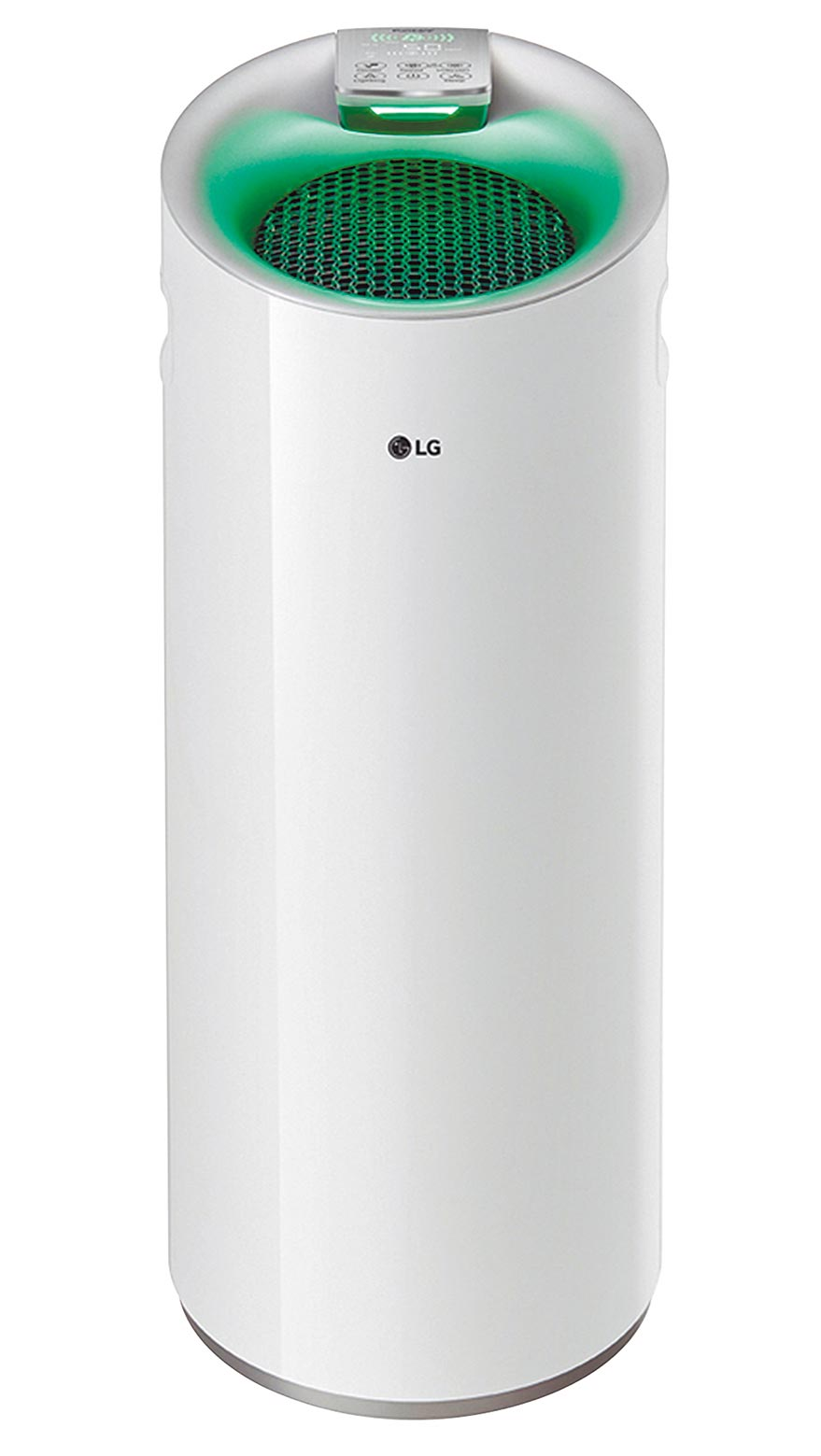 PChome 24h購物的LG AS401WWJ1 WIFI空氣清淨機,網路價1萬5900元。(PChome 24h購物提供)