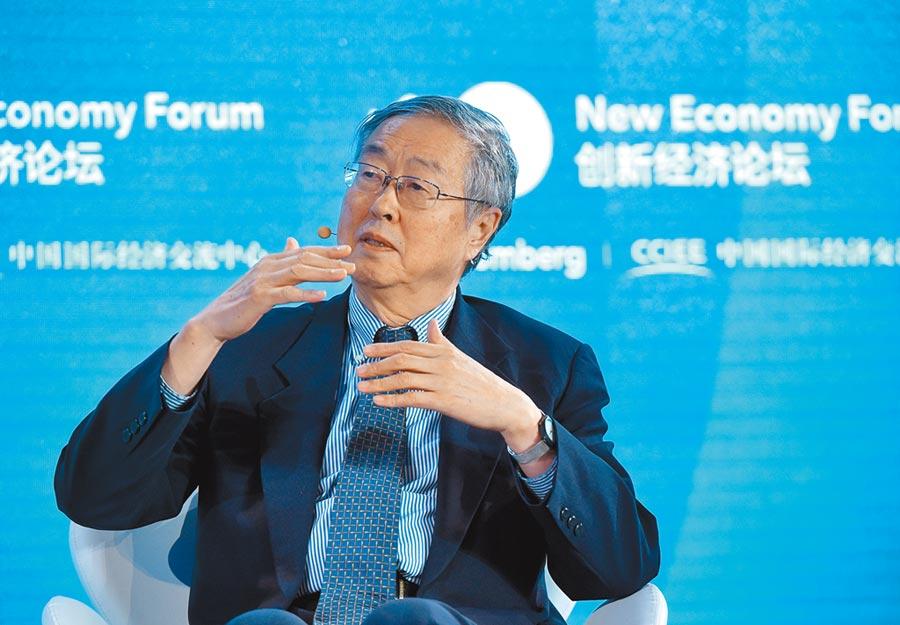 中國人民銀行原行長周小川21日表示,大陸有足夠政策應對金融危機。(中新社)