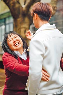 大文嗨抱王子轉圈 謝導演「滿足幻想」