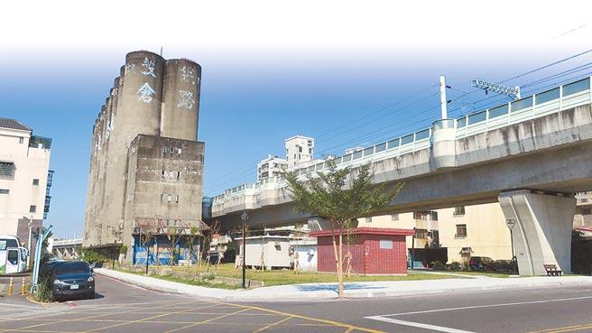 員林市公所希望爭取經費將穀倉主題外觀修繕粉刷,打造夜間光雕。(謝瓊雲攝)