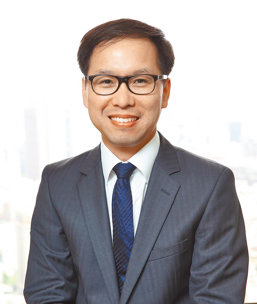 普華國際不動產公司董事長劉博文