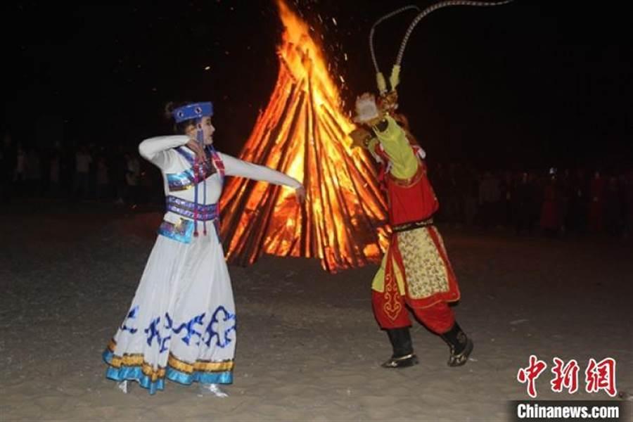 新疆庫車縣打造「冬暖」旅遊。(照片取自中新網)