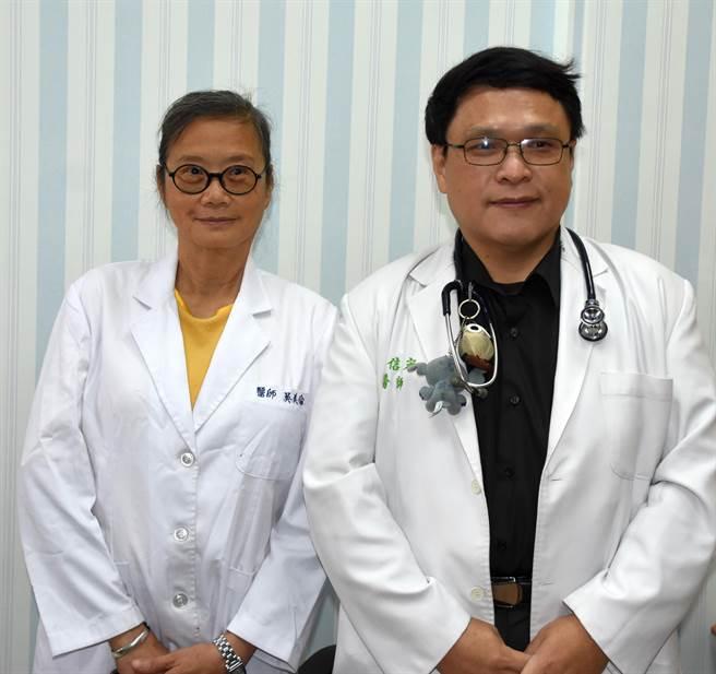 台大中心診所由均畢業於台大醫學院的吳美倫(左)、林信宏(右)醫師共同主持。(李金生攝)
