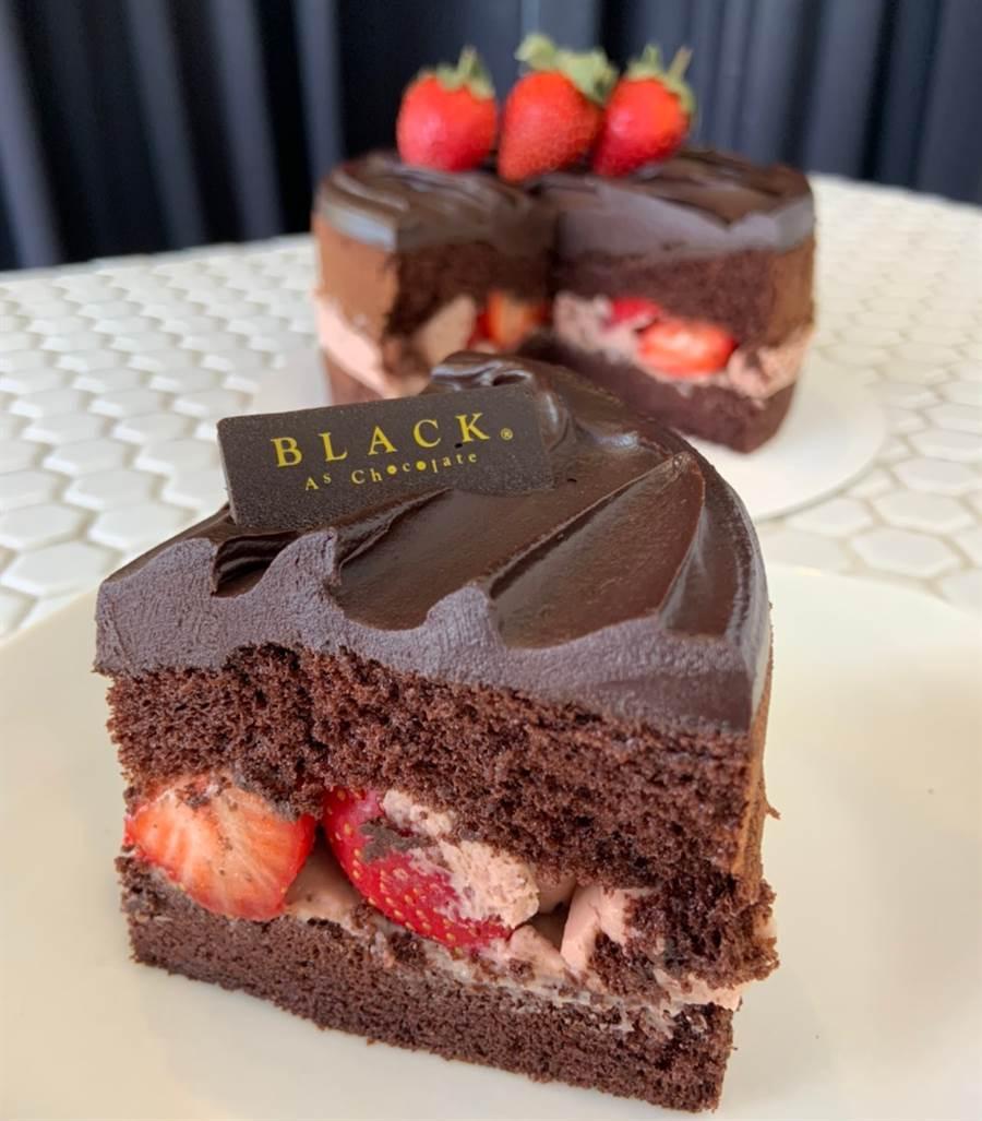 就連戚風蛋糕都採用黑巧克力製成,口感綿密鬆軟。(圖/楊婕安攝)