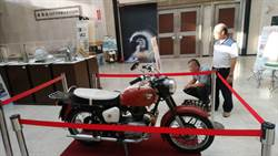 水保局60年文物展 台灣唯一大砲機車現身