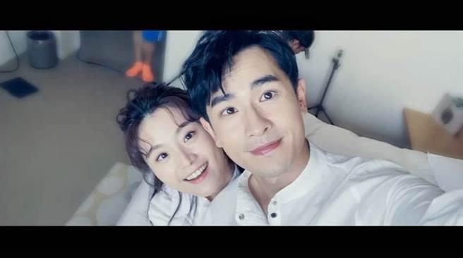 陳謙文全新台語單曲〈永遠甲你牽〉找來楊小黎擔任女主角。(星火映畫提供)