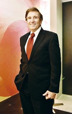 霍蘭:獨董 完善公司治理關鍵