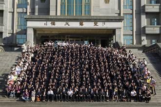 日本師生訪慈明高中祥獅佛舞迎賓
