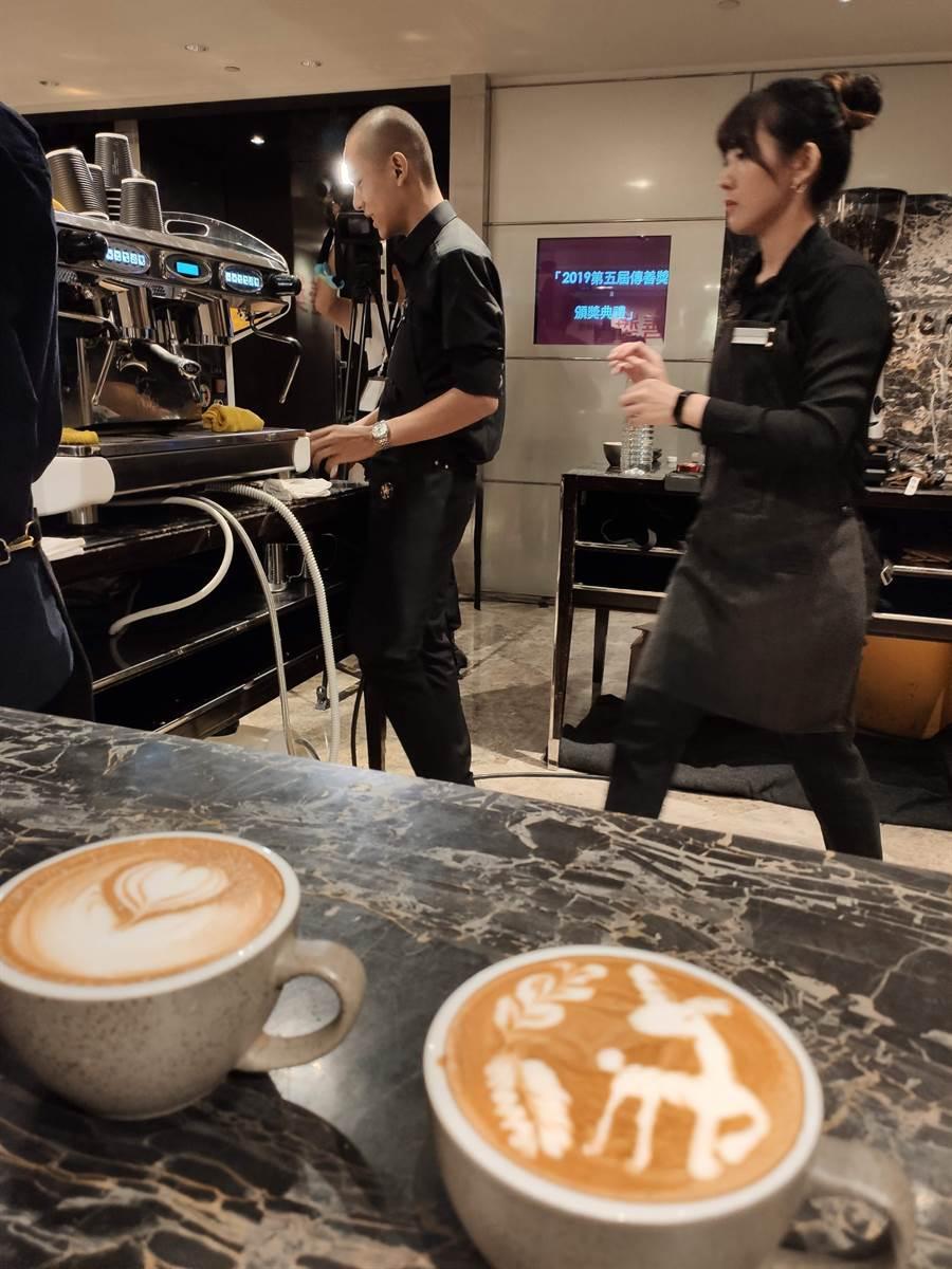 18歲的育明培訓成亞洲區最年輕的咖啡師。(林良齊攝)