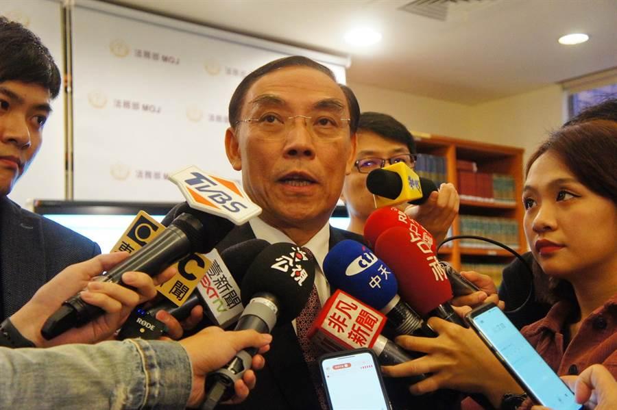 扁積極幫忙選舉蔡清祥中監會注意。(張孝義攝)
