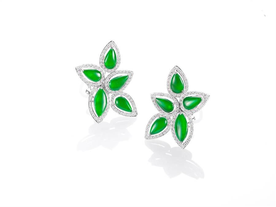 玉世家翡翠花型鑲鑽耳環,價格店洽。(JADEGIA提供)
