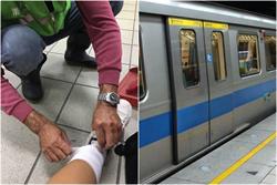 少女腿傷 捷運站清潔阿伯一出手暖哭上萬網友
