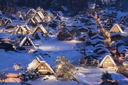 冬遊日本賞雪趣!白川鄉點燈 合掌屋如童話世界
