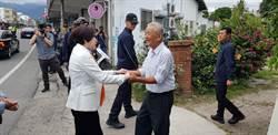 親民黨副總統參選人余湘台東探望老師 黃健庭現身