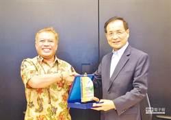 何景榮爆料:印尼假國王來台吸金3千億