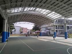 台南校園很綠能 光電屋頂+光電球場 種電回饋校園
