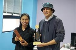 木雕師之女石佳蕙 30歲讀大學學藝 甫畢業就獲獎連連
