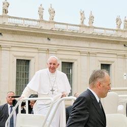 教宗盼訪陸 籲對話創造和平