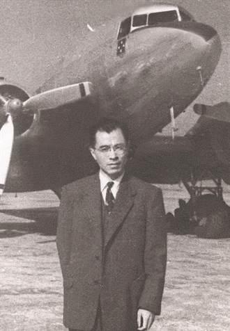 父親葉明勳《感懷集》 -- 戰後60年見證 (二)
