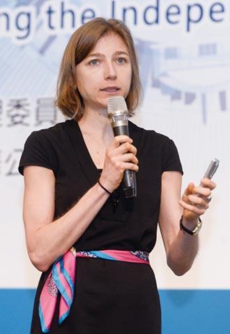 安本Petra Daroczi:投資機構在強化公司治理扮要角