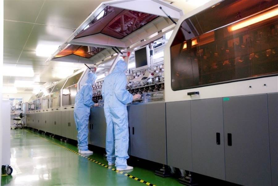 華聯生技 擁有傲視亞洲GMP認證的高密度基因晶片生產中心