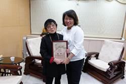灣生日本阿嬤來嘉尋兒伴 感謝市長黃敏惠協助