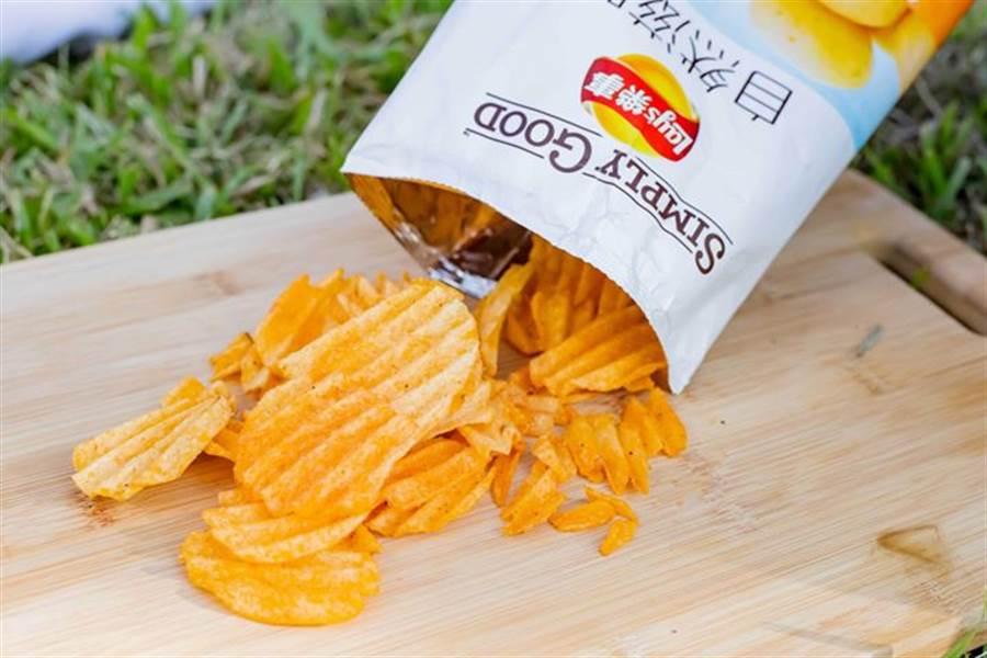 樂事選用黃金種薯為食材,口感特別酥脆。(圖/樂事提供)