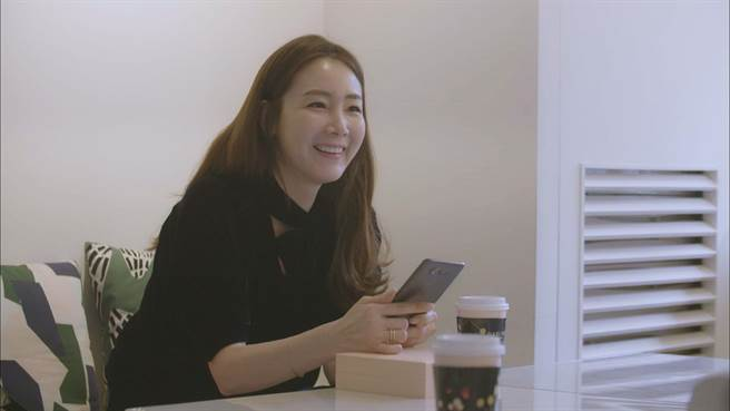 崔智友在《我耳邊的糖果》透露擇偶條件,須具備開朗、口才好、正能量。(中天提供)