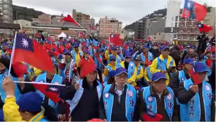 支持者紛紛大喊韓國瑜凍蒜。(圖片摘自陳品宏Youtube)