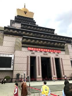 蔡英文總統 祕訪中台禪寺