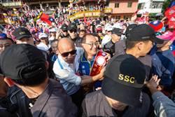 高雄助選 韓:挺民進黨愈艱苦 台灣要雙引擎發展