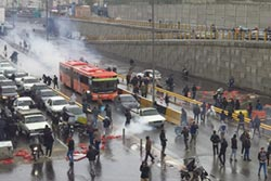 伊朗強勢鎮壓示威