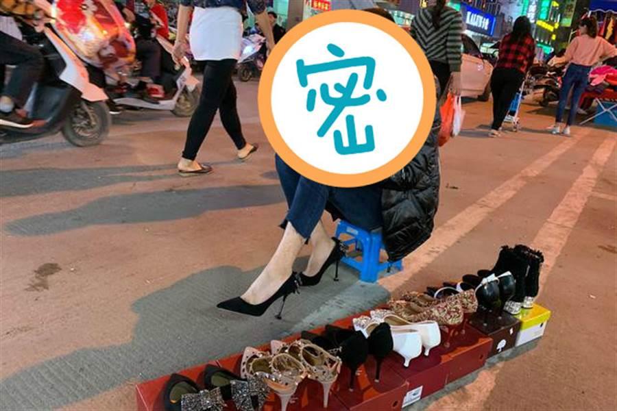 夜市遇女神級美腿 曝身分眾人傻了(圖翻攝自/騰訊網)