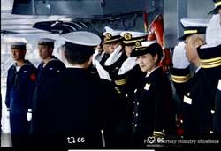 日本海自神盾艦首位女艦長上任