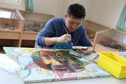 全台首創高雄「原生藝術育成中心」作品獲韓國瑜珍藏