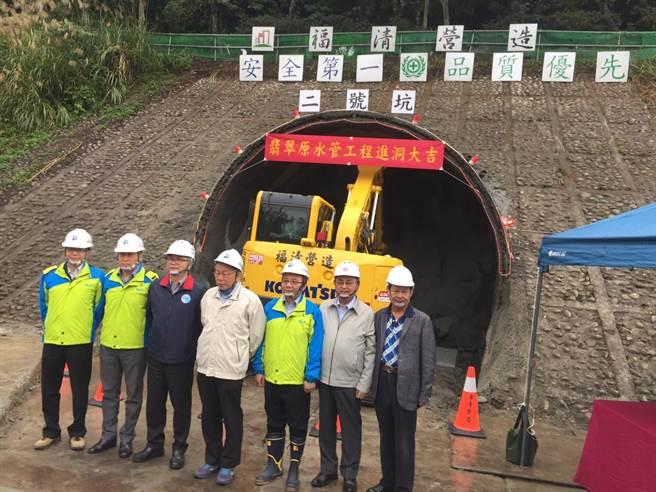 台北市長柯文哲2日出席翡翠專管隧道開挖進洞典禮。(張立勳攝)