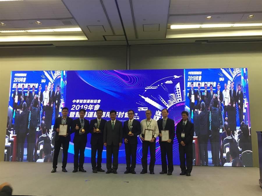交通部長林佳龍出席2019年會暨智慧運輸應用研討會。(交通部提供)