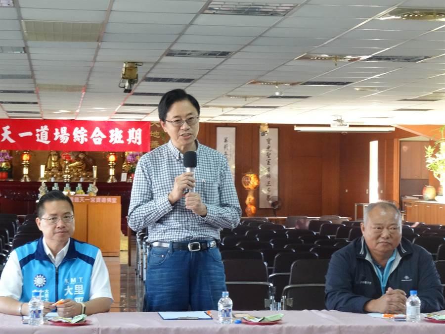 國民黨副總統參選人張善政2日重申韓國瑜提出的一例一休精神是信任企業的。(馮惠宜攝)